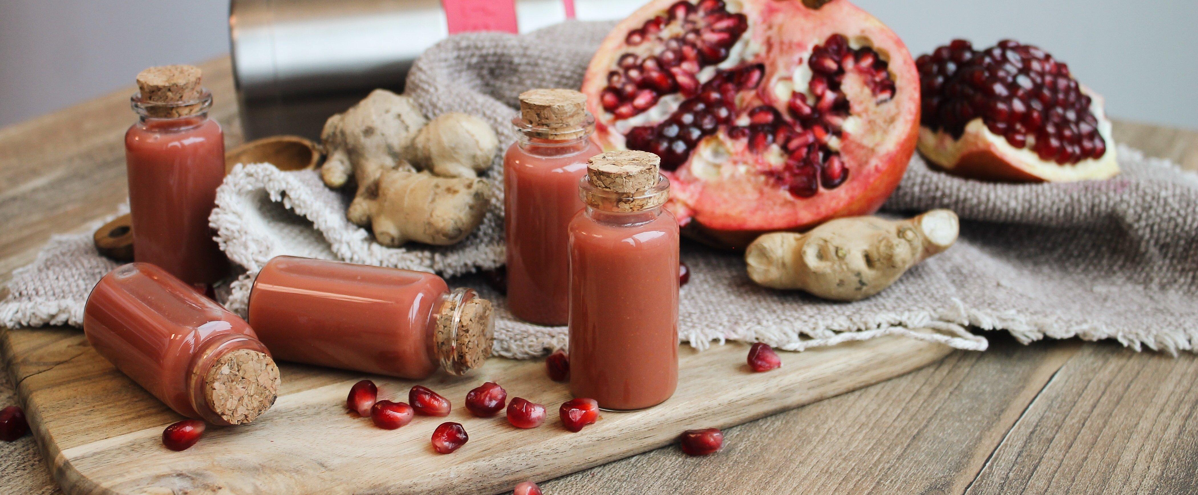 Ingwer Shots mit Granatapfel und Rote Bete: Rezept für 7
